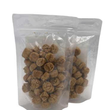 Peanut Butter Blueberry Bites  *Oops! We made too many.  Net Weight: 8oz Ingredients: Oat Flour, Barley Flour, Flaxseed, Peanut Butter, Sunflower Oil, Blueberries, Whole Dried Eggs  *This product is not in our Healthy Dogma packaging .